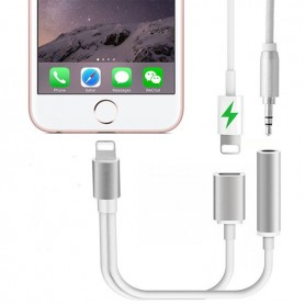 Cabo Double Lightning e Jack 3.5mm